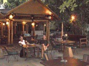 dscn0041-300x225 temple bouddhiste Bali